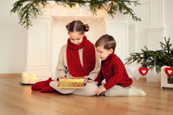 Kids with Holiday Decorations 250px
