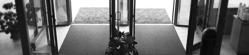 Q1-entryway-hero