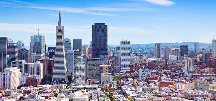 San-Francisco-Skyline-Financial-District_700x329