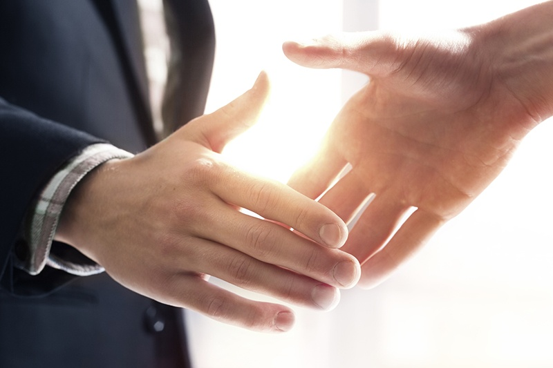 handshake-1